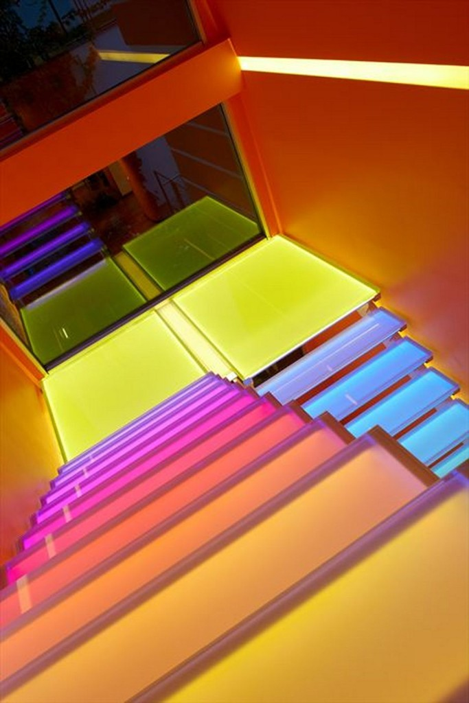 house-architecture-stair-top-view-design
