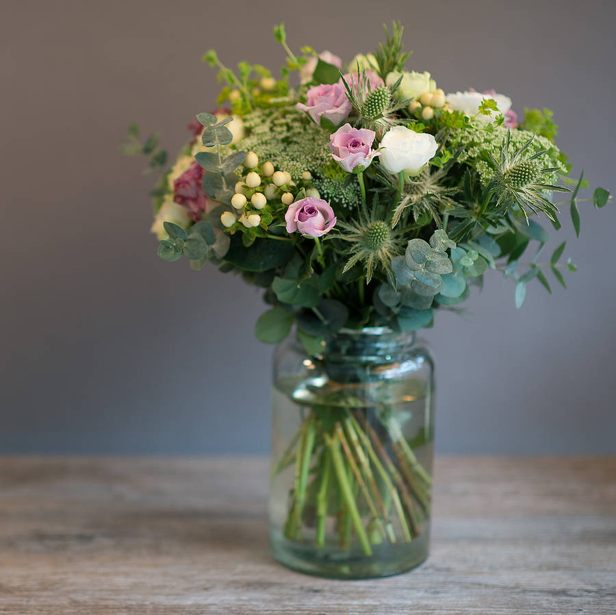 cute-vintage-floral-arrangements-with-photo-of-vintage-floral-creative-on-design