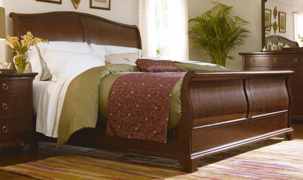 full-size-sleigh-bed