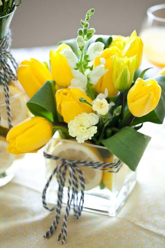 tulip-flower-arrangements-ideas-for-spring-living_-room-apartment-