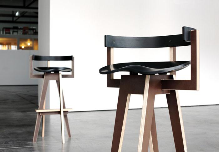 varnished-birch-plywood-bar-stool
