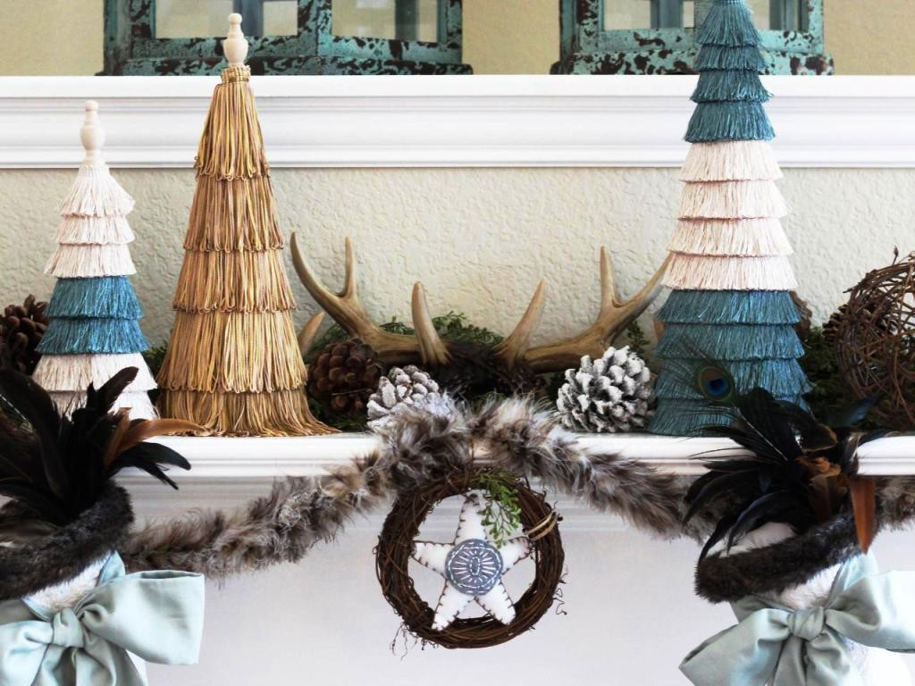 CI_Amy_Mantel_Holiday_House_Blog_mantel_styled