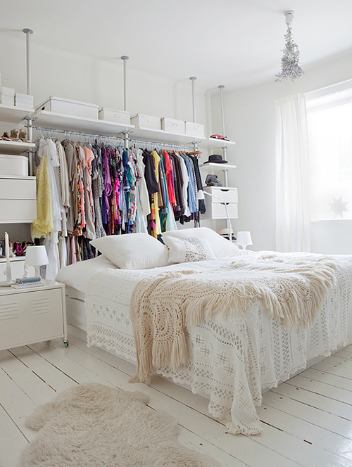 all-white-bedrooms