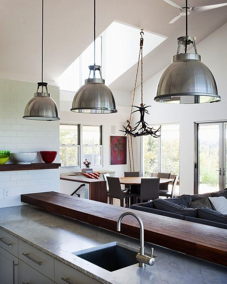 dining-room-furniture-table-dining-chairs-antler-chandelier