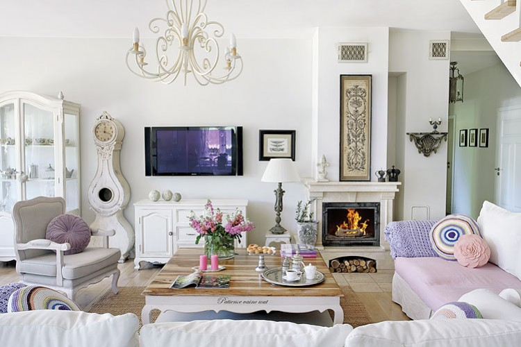 shabby-chic-villa-in-poland-romantic-interiors-white-home-interiors-