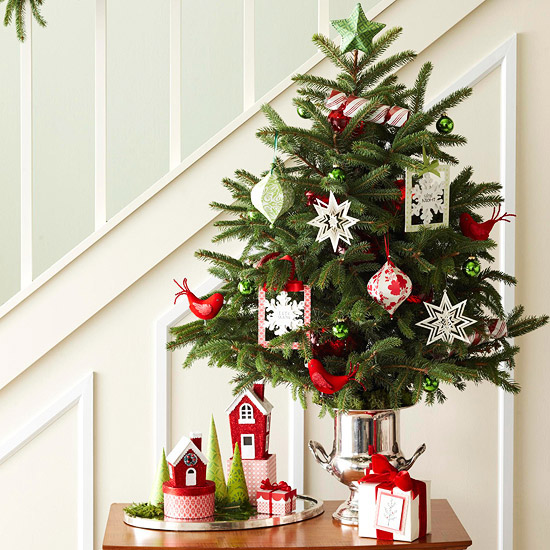 holiday-christmas-idea-stairs