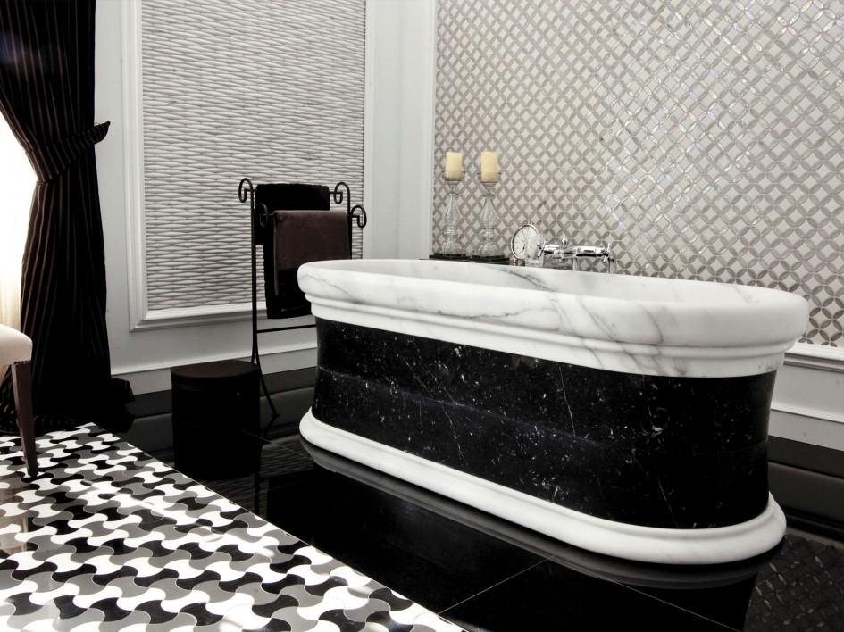 Luxurious Black White Bathroom bathtub