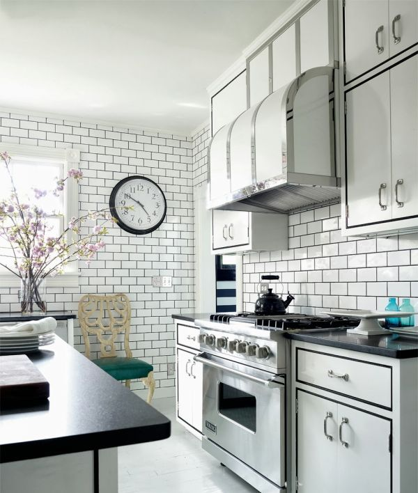 wpid-black-and-white-tile-floors-kitchen-1
