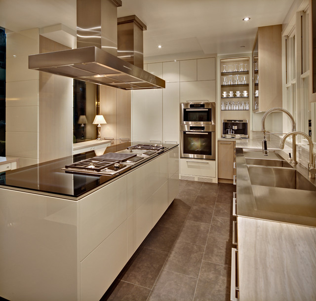 New York Modern modern-kitchen