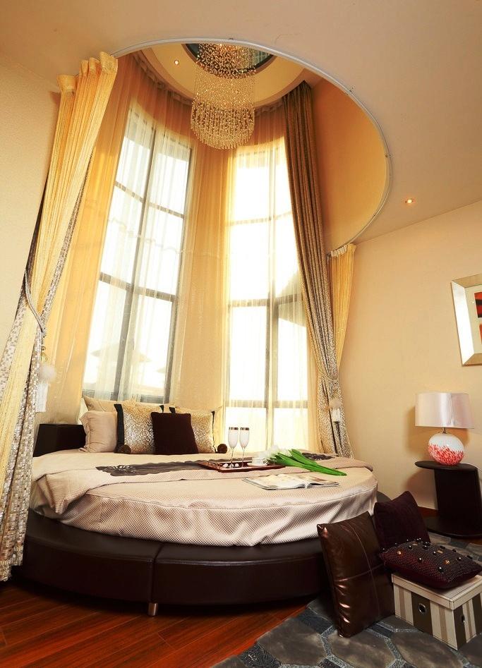 creative-circular-bedrooms-bedroom-renovation