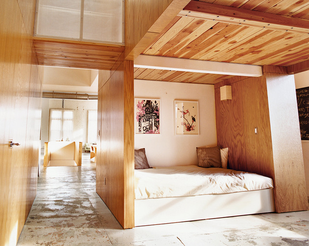 modern-alcove-bedroom