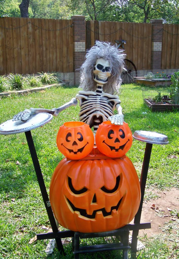 Funny Skull Halloween Outdoor Decorations