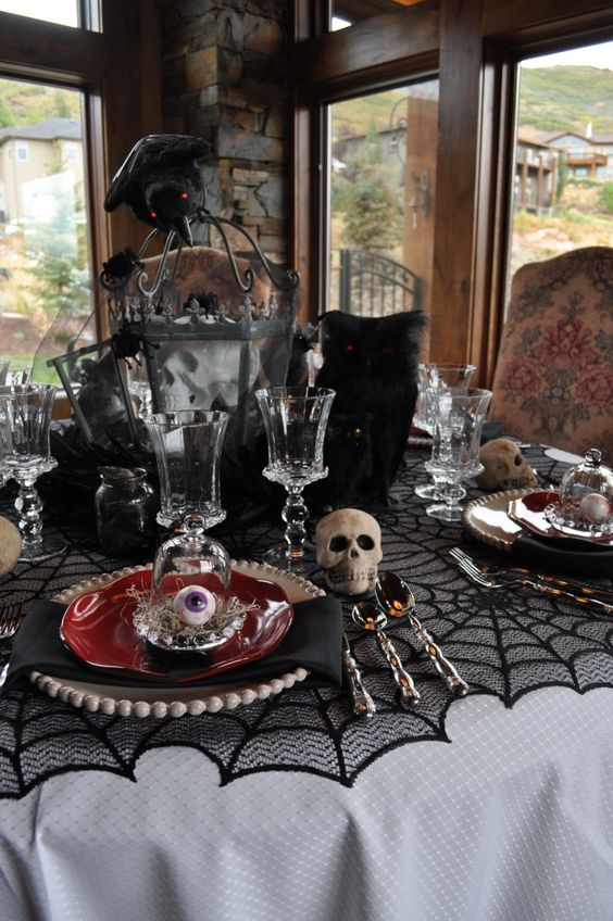 Spooky table setting