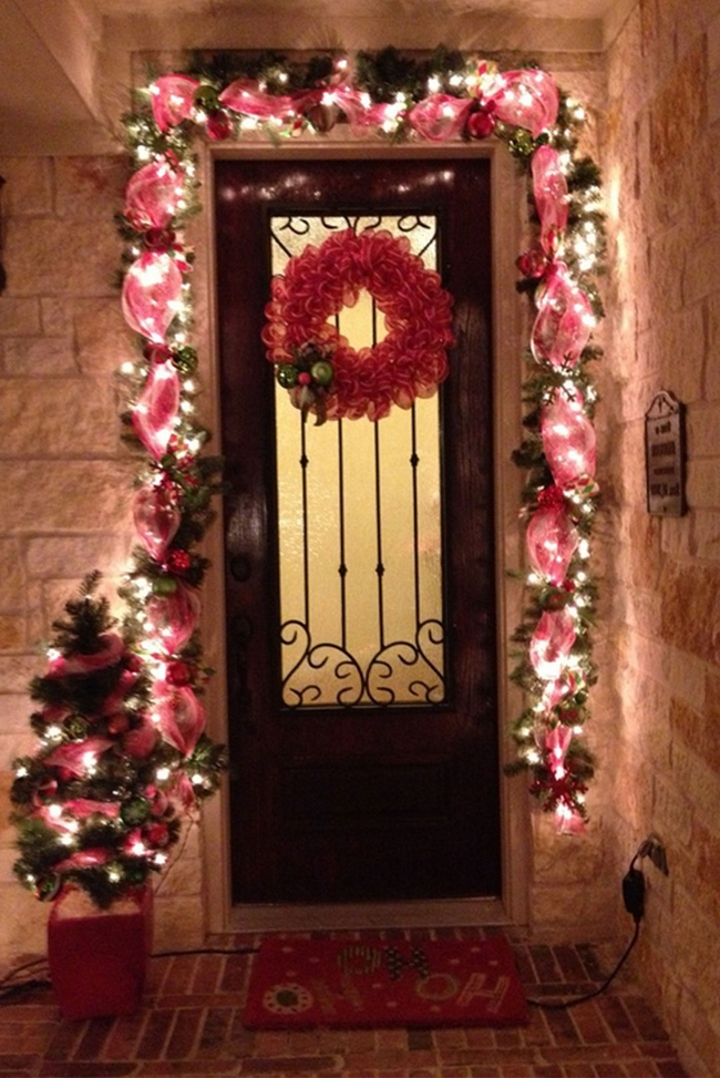 christmas-decorations-front-door-ideas-15