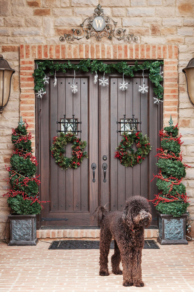 christmas-decorations-front-door-ideas-21