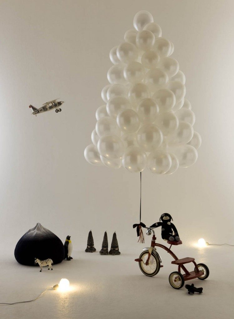 creative-balloon-christmas-tree