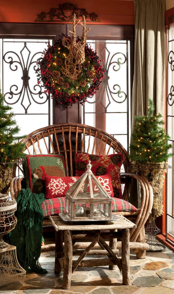 rustic-porch-christmas-wreath-decoration