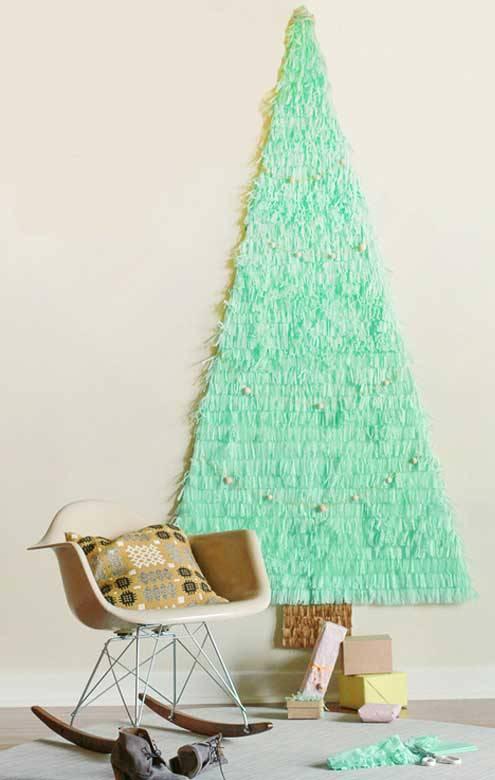 space-saving-christmas-tree