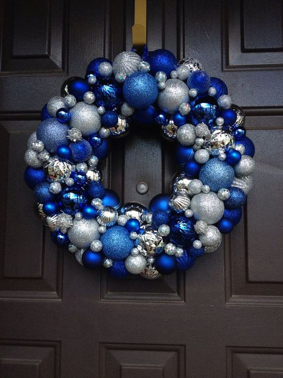 blue-and-silver-wreath-decoration
