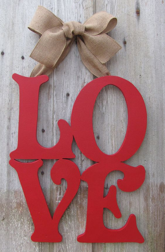 fresh-red-valentines-day-decoration-ideas-1