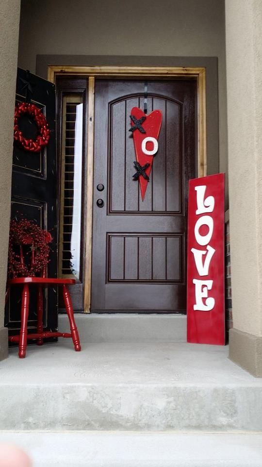 fresh-red-valentines-day-decoration-ideas-6