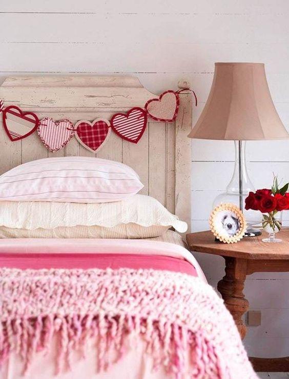 Romantic Room Designs: 25 Romantic Valentines Bedroom Decorating Ideas