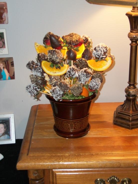 valentines-day-floral-arrangement-ideas-24
