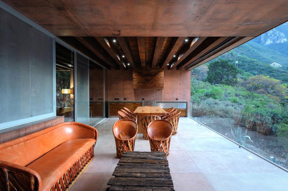 Modern Backyard Deck Design