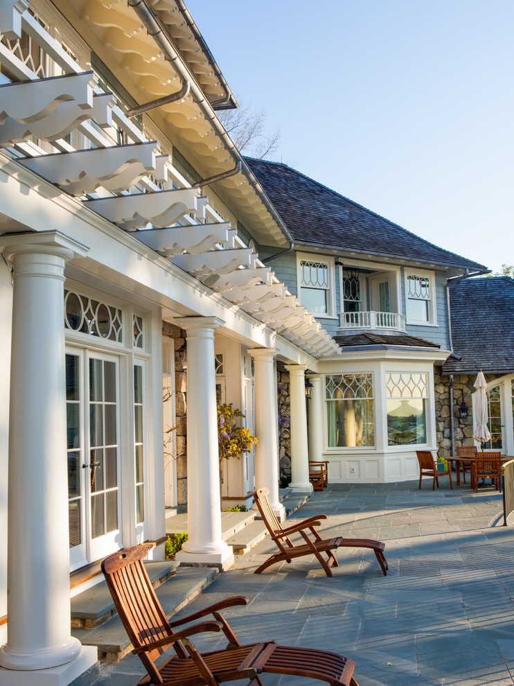 Victorian Backyard Patio Design