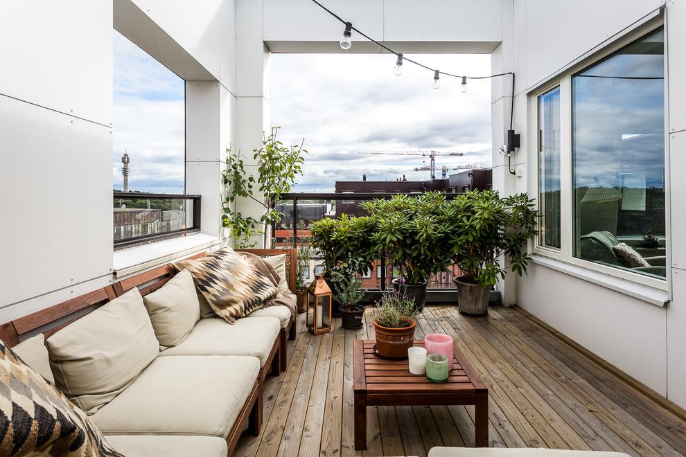 Transitional Balcony Design