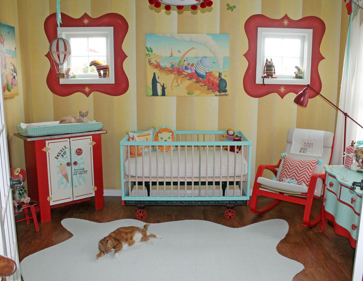 white-wooden-cribs