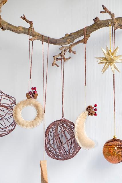 Christmas Balls Of Wool Ornaments