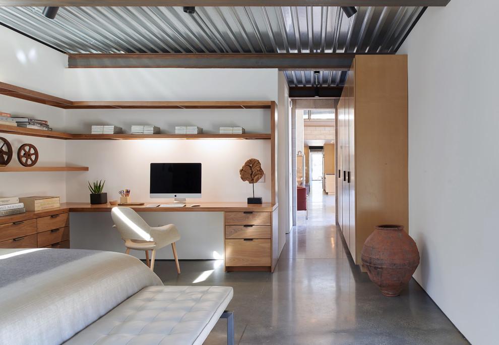 Luxurious-industrial-bedroom