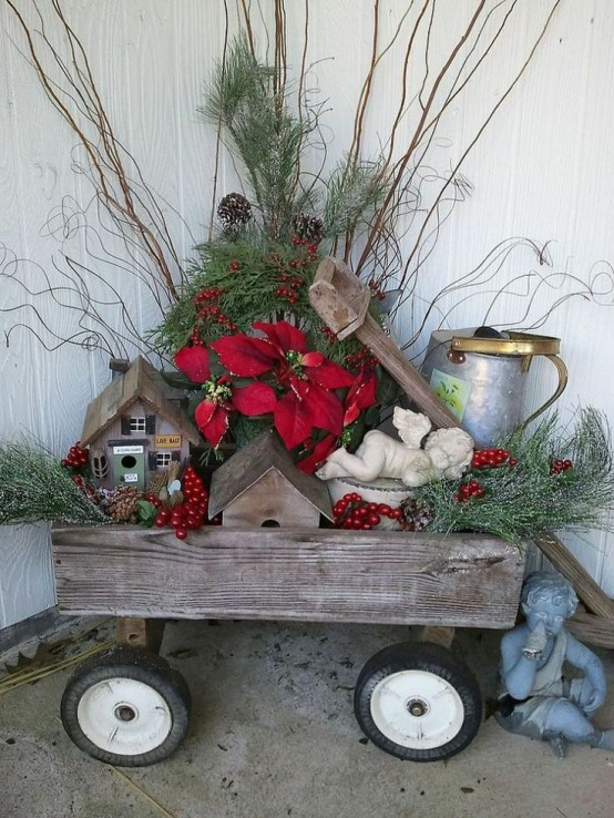 Rustic Outdoor Christmas Decorating Idea Design