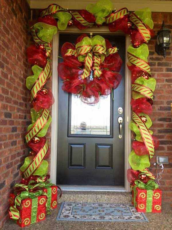 Deco Mesh Christmas Garland Ideas