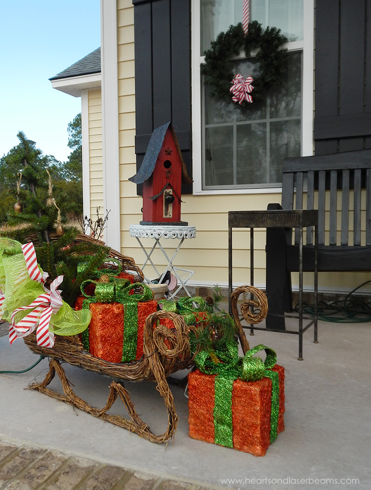 Front Porch – Christmas Sleigh