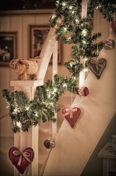 Rustic Christmas Garland for Staircase