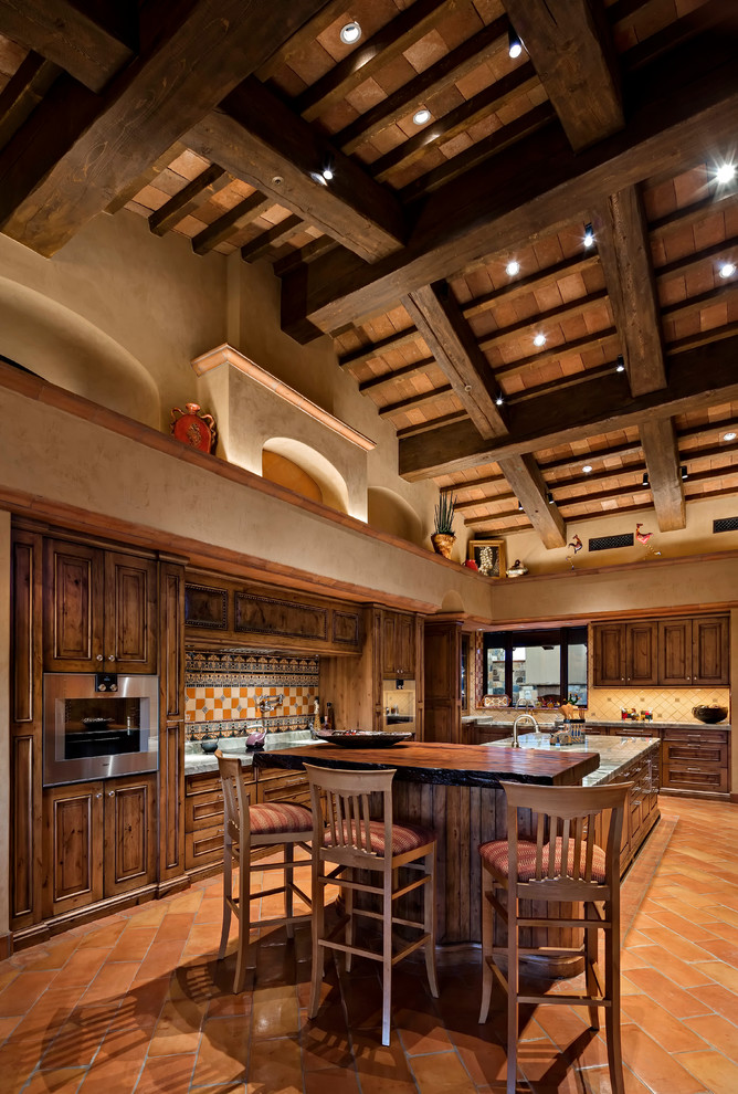 Southwestern Kitchen With Exposed Beam