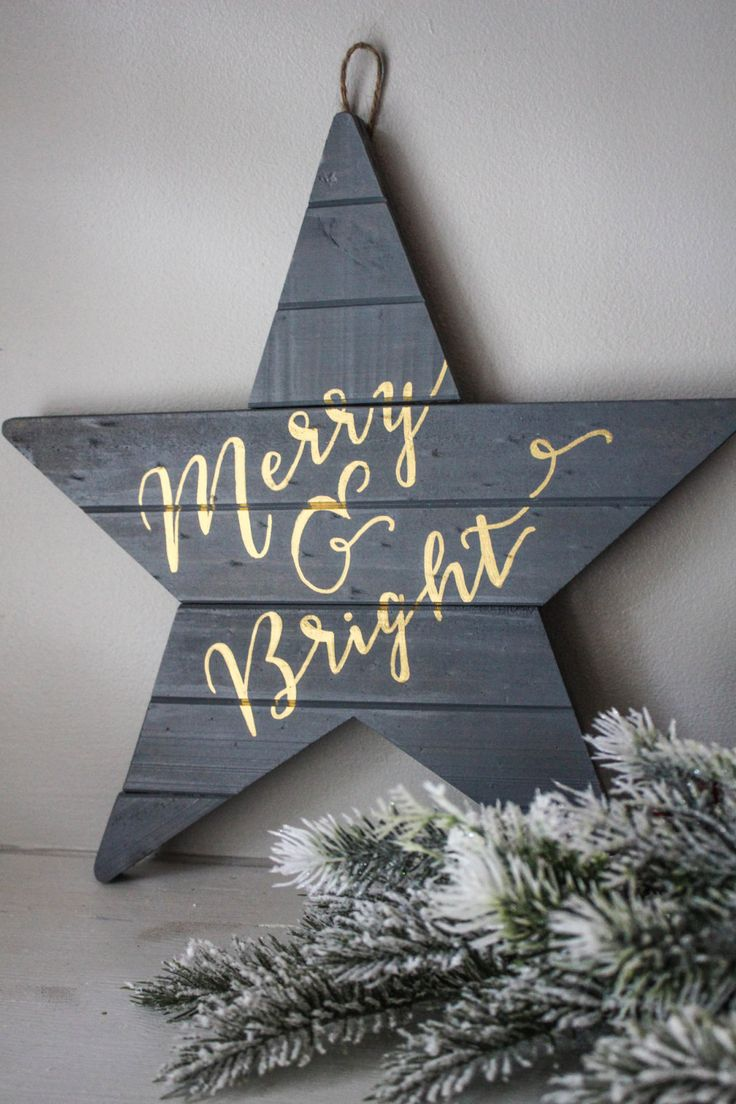 DIY Christmas Wall Art Ideas Thewowdecor (26)