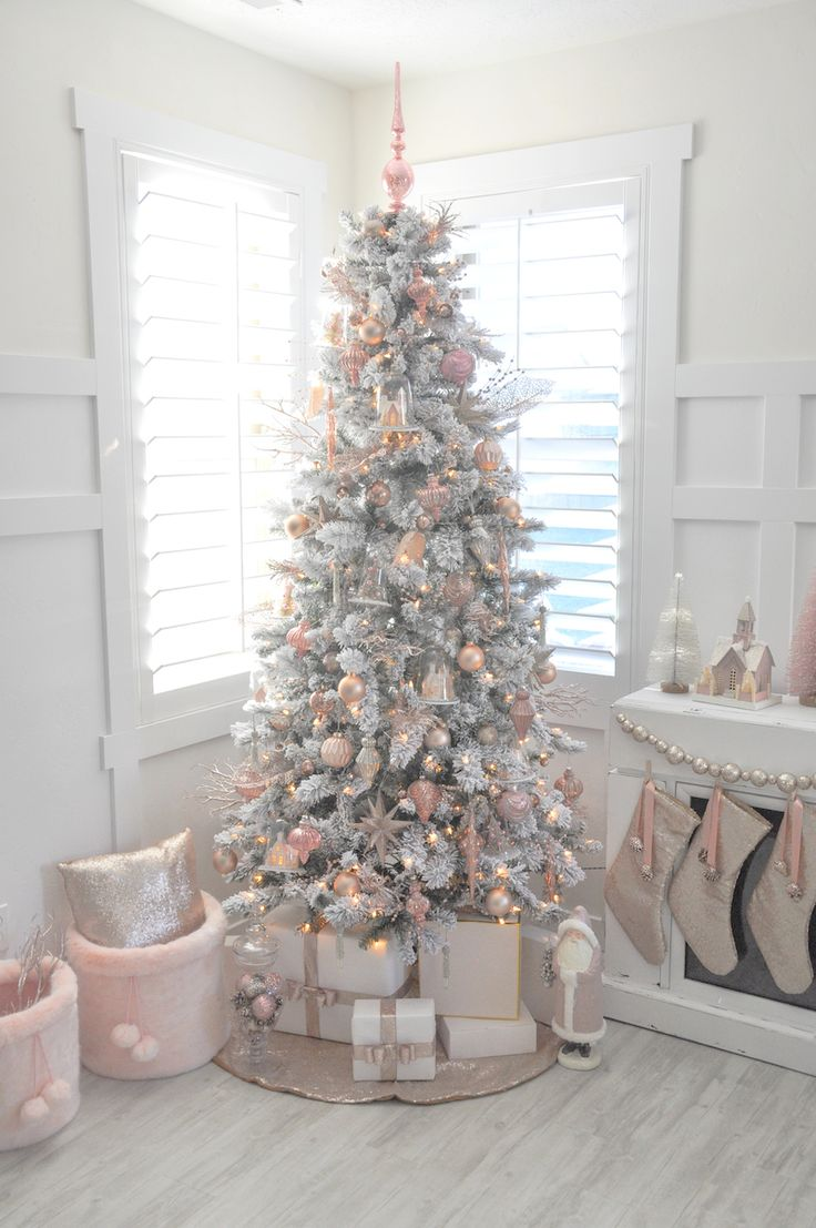 Best Decorated Christmas Trees 2017 (25)