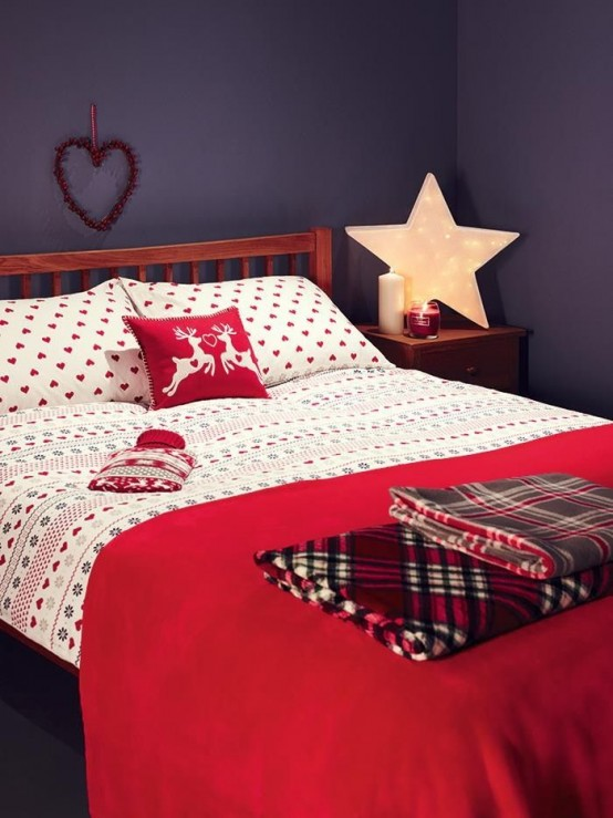 Christmas Bedroom Decor Ideas thewowdecor (13)