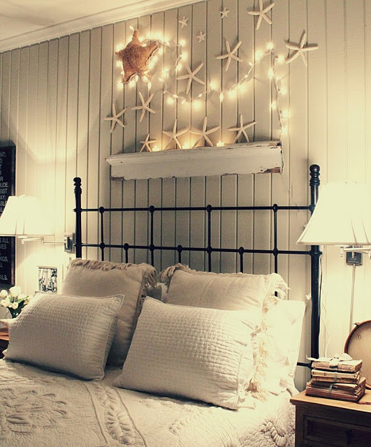 Christmas Bedroom Decor Ideas thewowdecor (27)