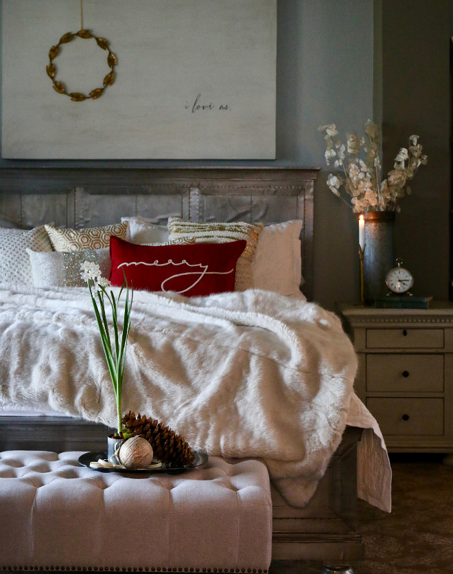 Christmas Bedroom Decor Ideas thewowdecor (41)