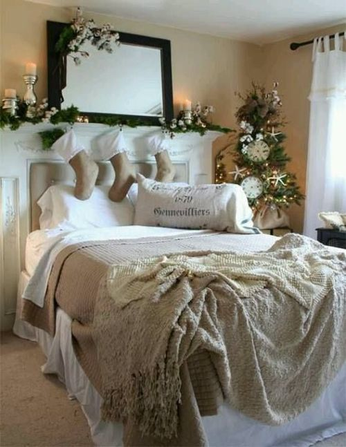 Christmas Bedroom Decor Ideas thewowdecor (9)