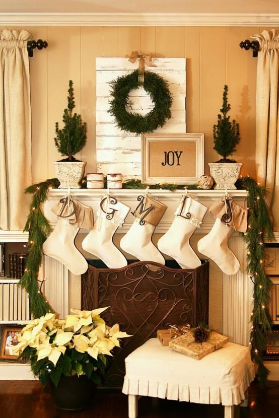 Christmas Living Room Decor Ideas thewowdecor (21)