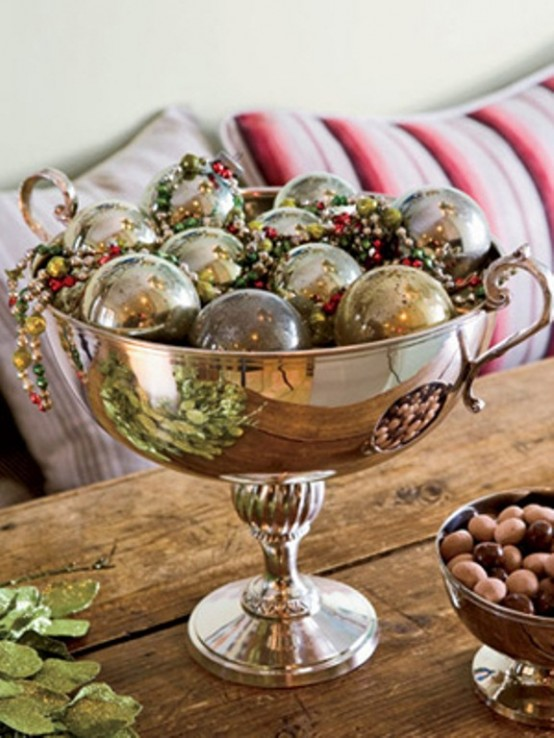 Christmas Table Centerpiece Ideas thewowdecor (4)
