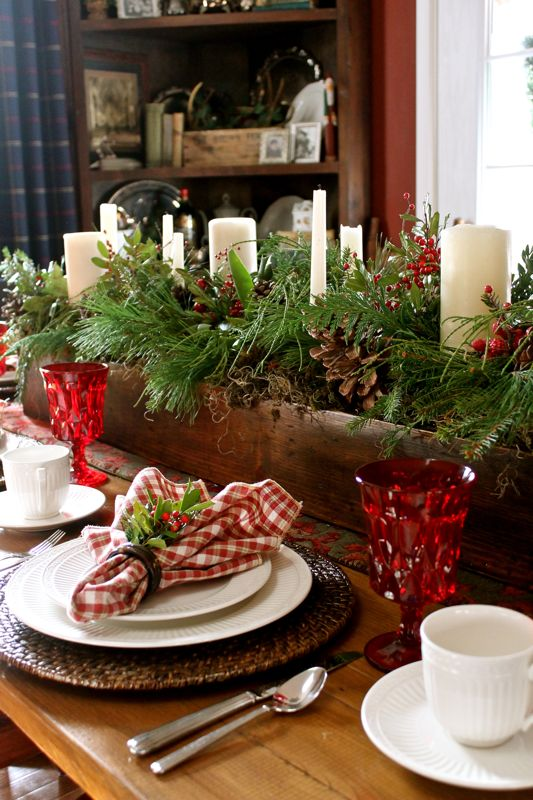 Country Christmas Table Centerpiece Ideas