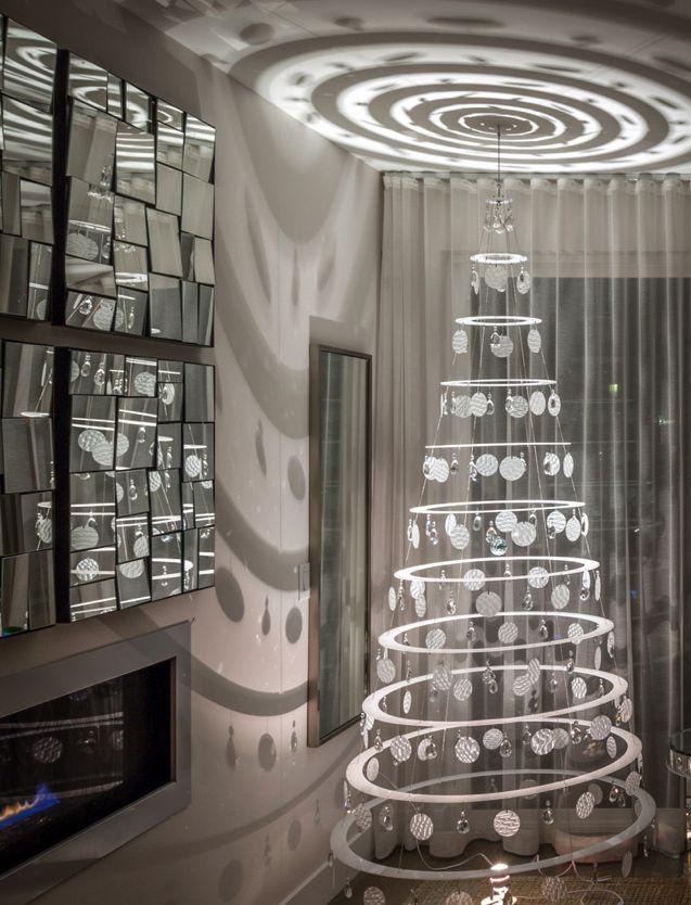 Modern Christmas Tree Decoration Ideas