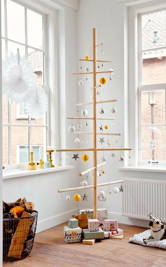 Modern Christmas Tree Ideas (17)