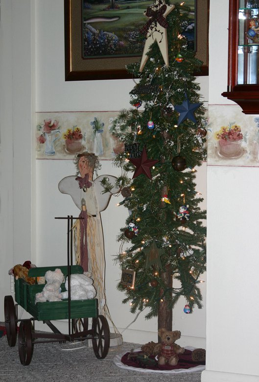 Simple Country Christmas Tree